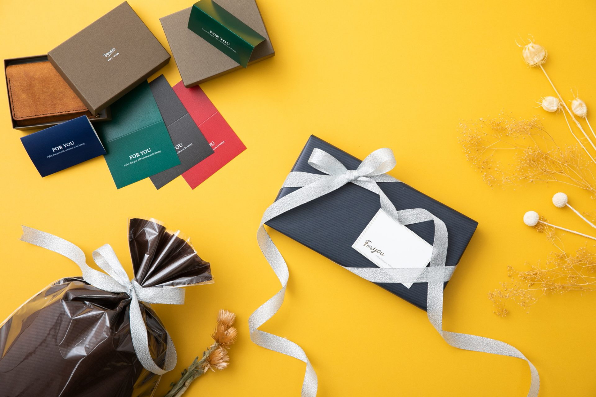 女性に贈るプレゼントにおすすめの財布とは?パターン別に紹介します!