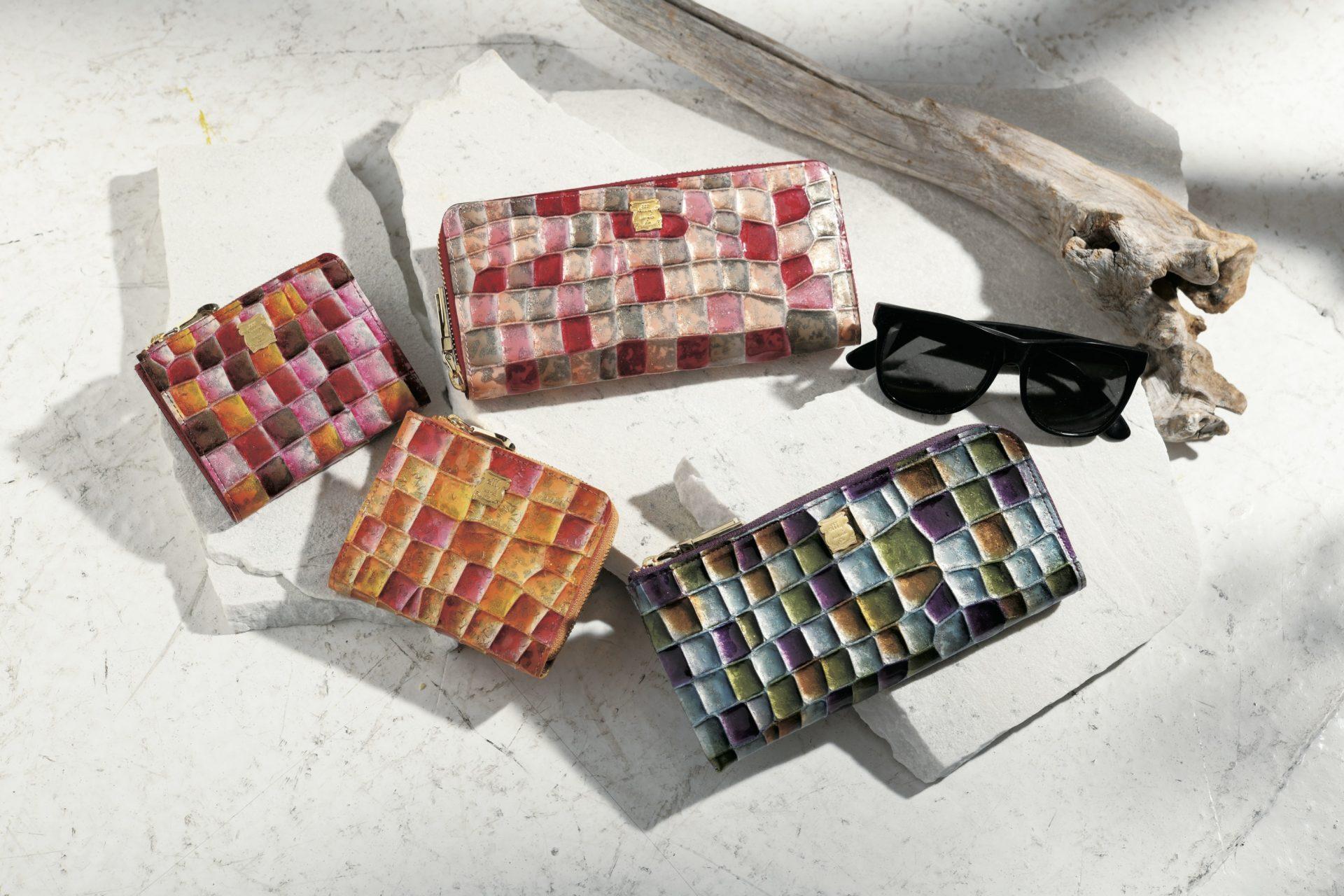 風水的におすすめのクロコダイル革の財布をご紹介します。