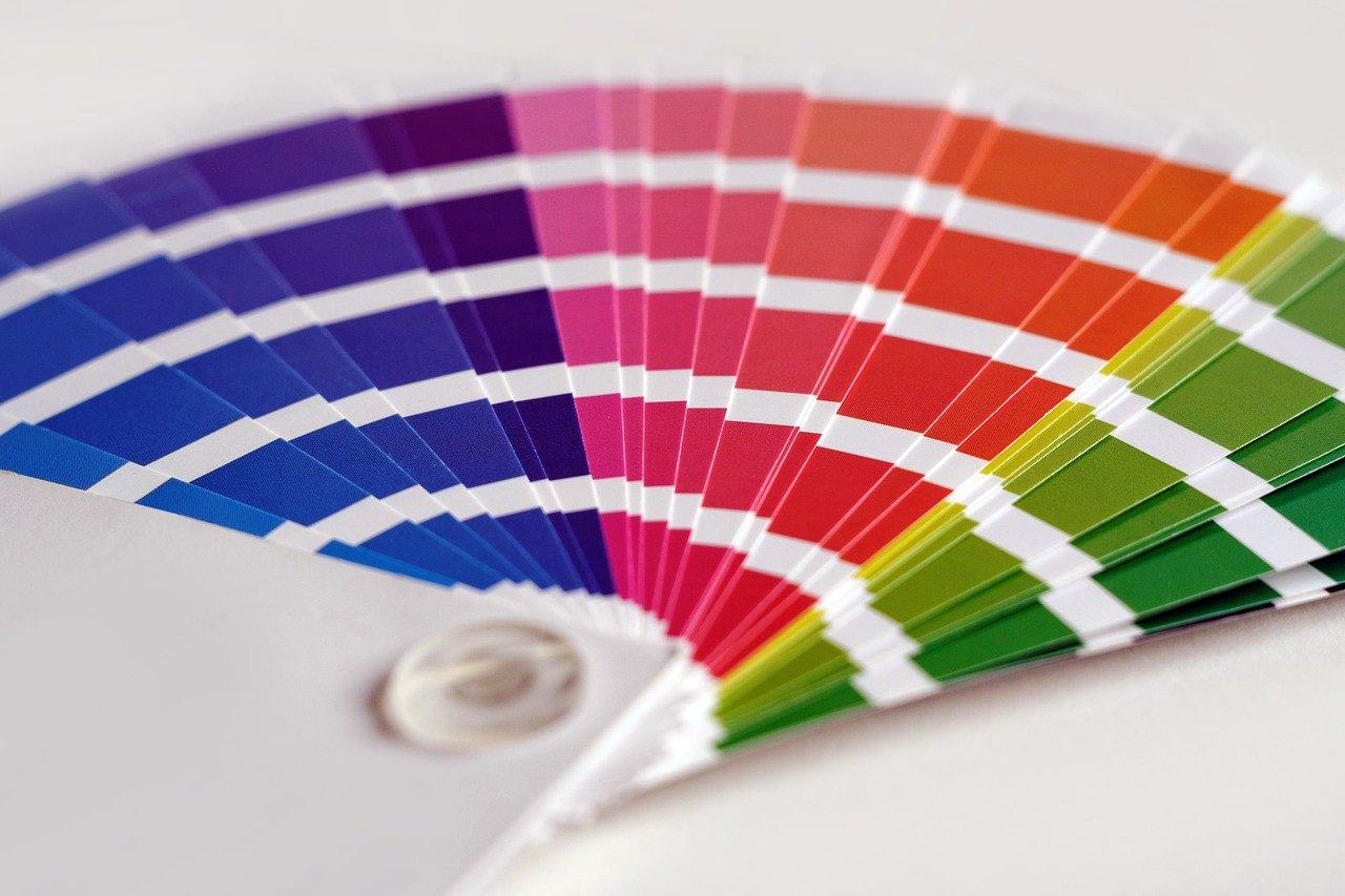 風水的に相性の良い色の組み合わせは?NGカラーや方角との相性も踏まえて解説します!