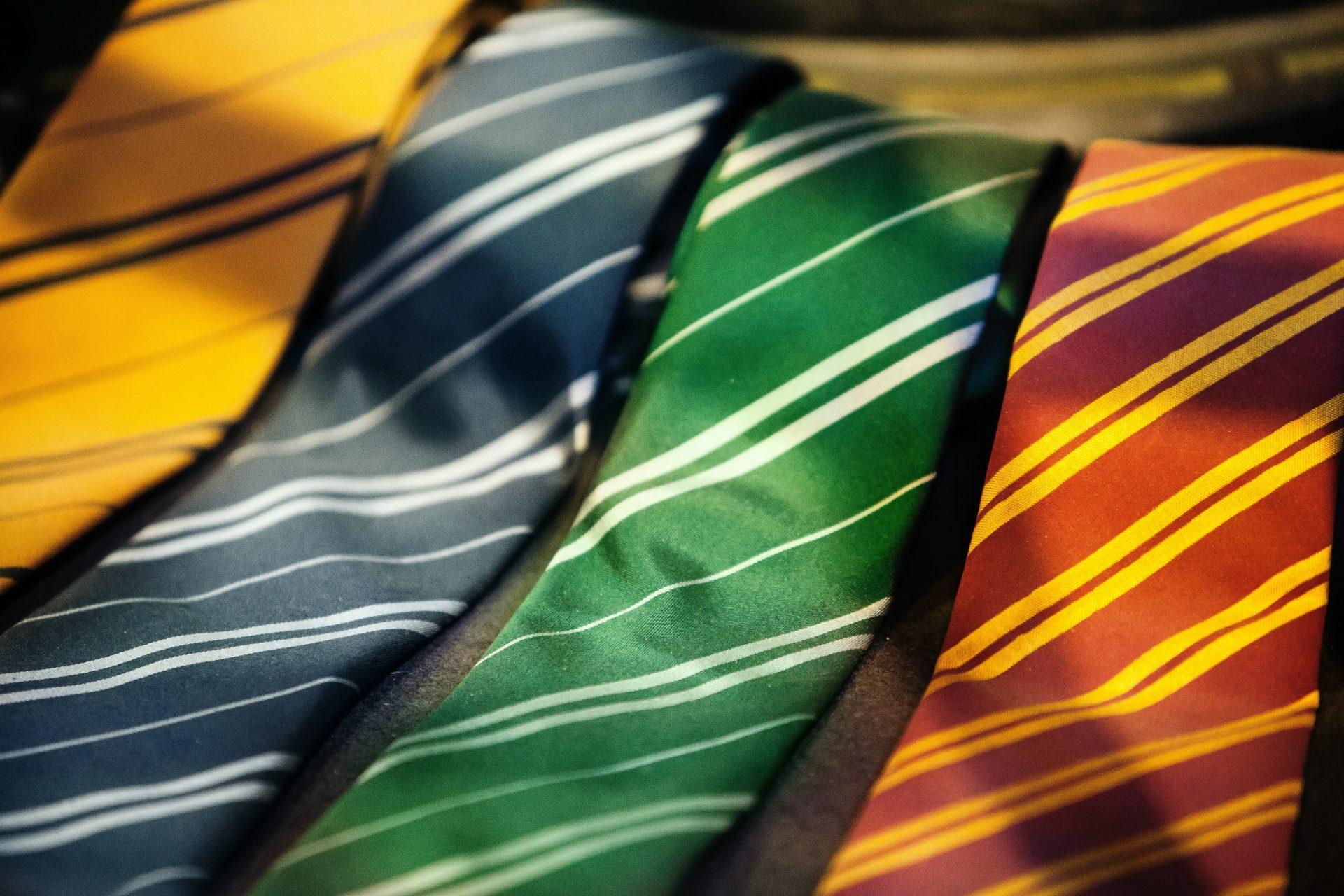 父の日にはネクタイをプレゼント!40代~60代まで幅広くおすすめの商品を紹介します。
