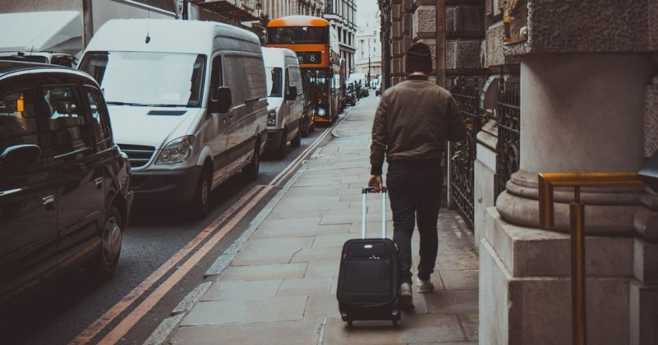 BRIEFINGのスーツケースは機内持ち込み可能サイズ?ブリーフケース等ブランドの特徴を徹底解説!